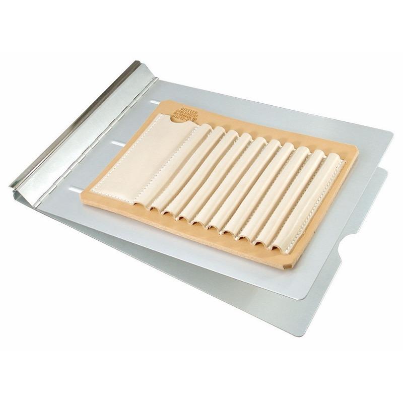 Carpeta de Aluminio Springback con Portalápices de Cuero